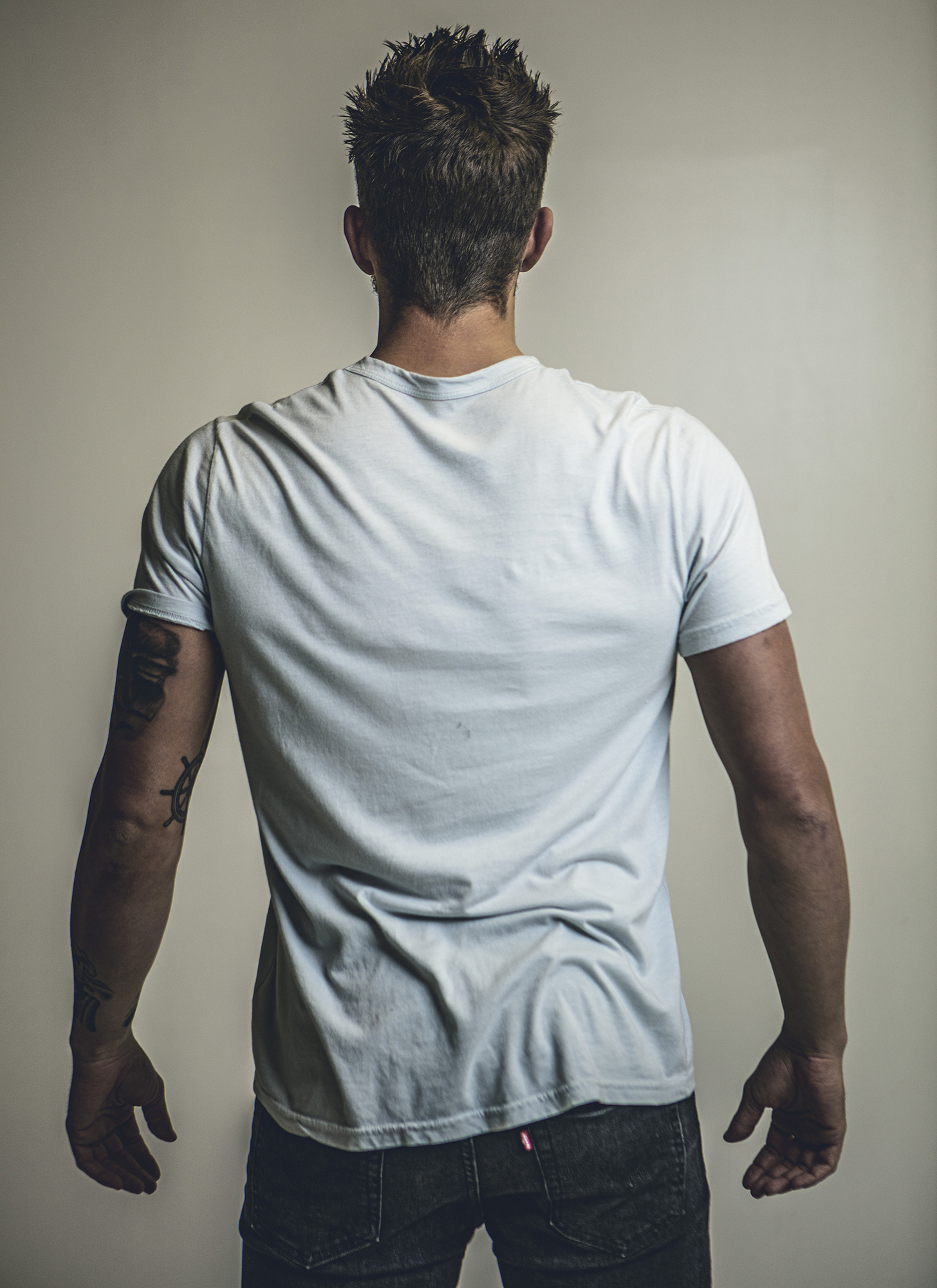 5683-Mens-Reflectons-of-Love-Tee-Back